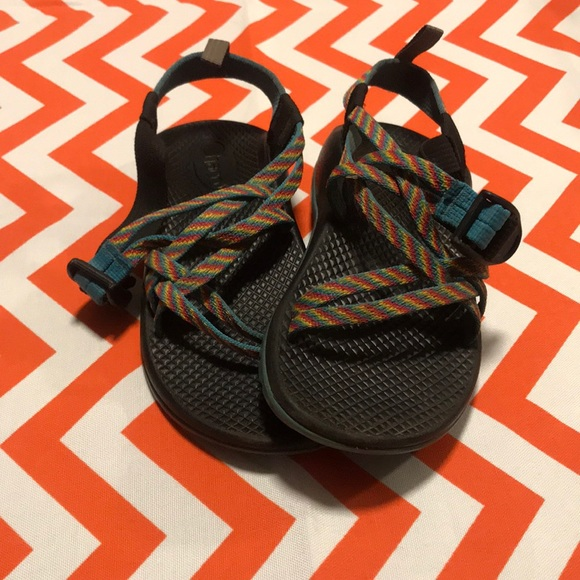 Chaco Other - Girls Chaco sandals size 2
